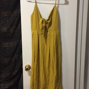 Mustard midi dress with front knot